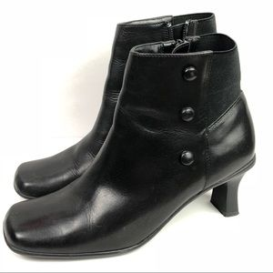 Cover Girl | Black Low Ankle Boots Size 6